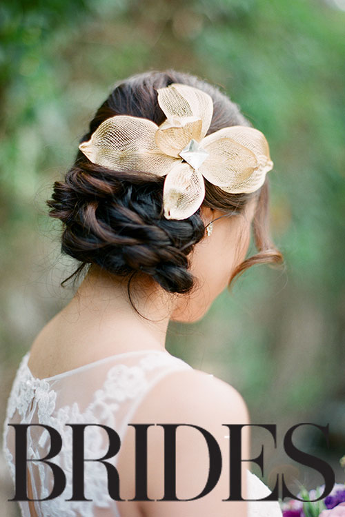 03Enchanted-Hawaiian-Wedding-Haiku-Mill-Jana-Morgan-gold-hair-flower